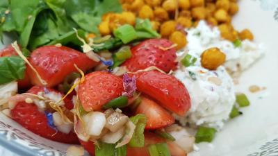 Bowl fraises et oignons