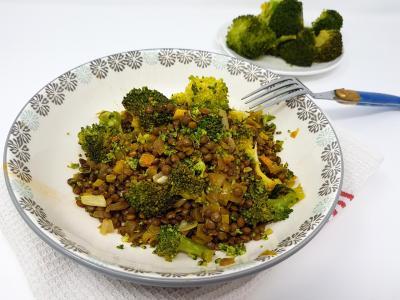 Salade lentiille et brocolis au curcuma