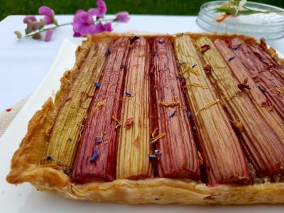Tarte rhubarbe noisette